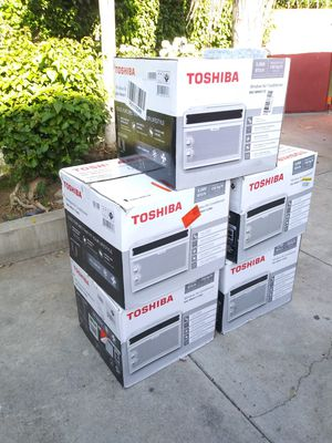 EACH FOR SALE AC WINDOW TOSHIBA 5000 BTU IF SOMEBODY INTERESTED PLEASE TEXT ME PLEASE. for Sale in Los Angeles, CA