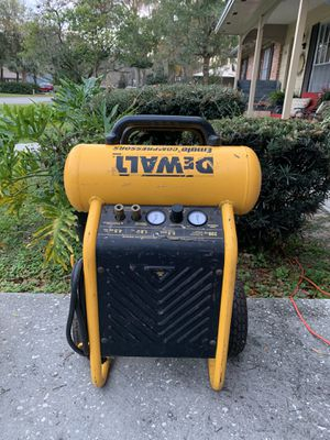 DeWalt Emglo 4.5 Gallon 200 PSI Air Compressor for Sale in Ocala, FL