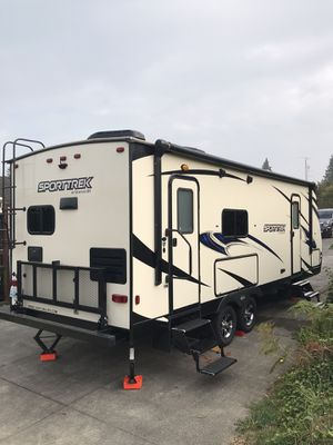 Sporttrek 251 vrk travel trailer for Sale in Snohomish, WA