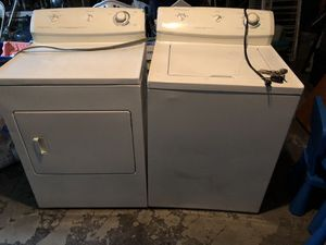 Frigidaire washer and dryer 7.2cu $300.00 each for Sale in Houston, TX