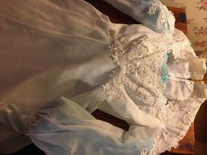 Wedding Dress with Veil for Sale in Columbus, OH