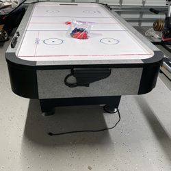 Hockey Table Game for Sale in Fort Lauderdale,  FL
