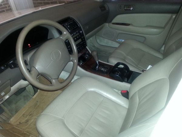 95 Lexus LS400