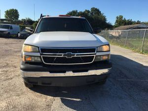 2007 CHEVROLET SILVERADO 3500 CLASSIC LS FLATBED TURBODIESEL 6.6 L V8 TURBOCHARGER/ PRICED TO SELL !!! for Sale in Houston, TX