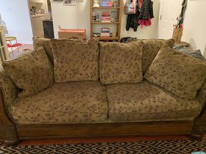 Vintage Looking Couch and Chair Set For Sale!! for Sale in Los Angeles, CA