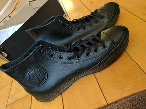 *BRAND NEW* Men's Converse Black Sneakers for Sale in Baltimore, MD