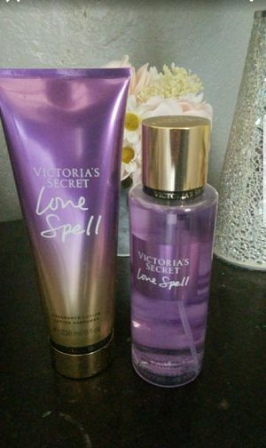 Victoria Secret love spell mist & lotion set for Sale in Adelanto, CA