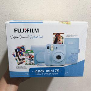 NEW Fujifilm Instax Mini 7S Instant Camera Bundle (light blue) for Sale in Houston, TX
