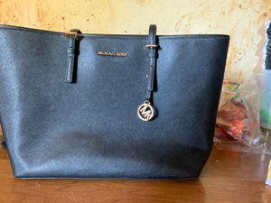 Michael Kors black tote bag for Sale in Pennsauken Township, NJ
