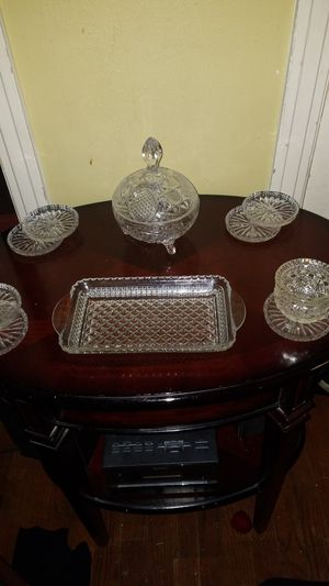 Antique end table& glass coasters/decor for Sale in Dallas, TX