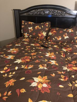 Bed frame for Sale in Aurora, IL