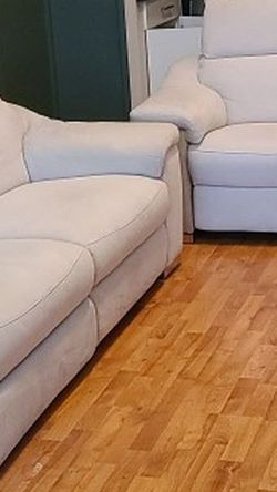 Electric Recliner Sofa for Sale in Miami,  FL