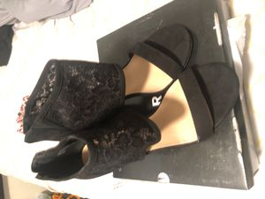 Size 11 black covered lace heels for Sale in Oakland Park, FL