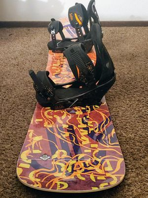 Roxy eminence 146 snowboard snow with bindings for Sale in San Leandro, CA