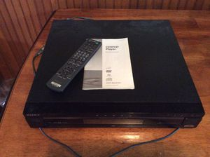 Sony dvd/cd player (5) disc for Sale in Puyallup, WA