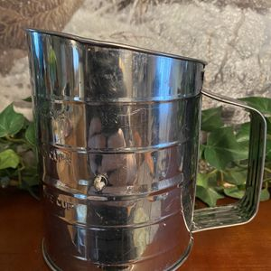 Bromwell's Sifter $5, Vintage, Great Shape for Sale in Chaffee, NY