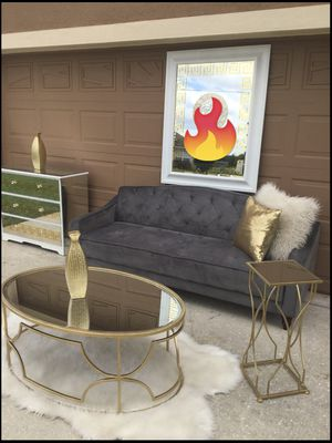 Beautiful set selling all together from pet smoke free home for Sale in Poinciana, FL