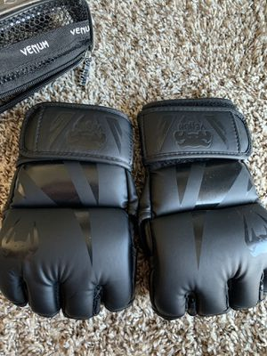 Venum UFC gloves for Sale in Plano, TX