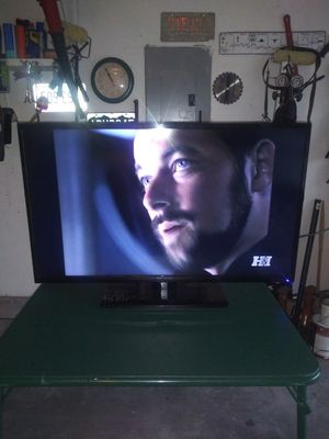 """Proscan 38"""" Tv.With Remote for Sale in Albuquerque, NM"""