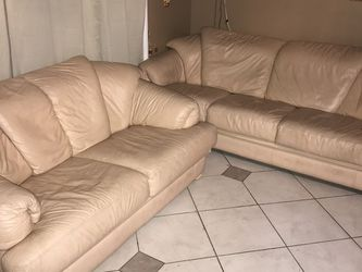2 Pink Leather Couches. for Sale in Anaheim,  CA