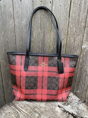 Coach tote zip top for Sale in Arlington, TX