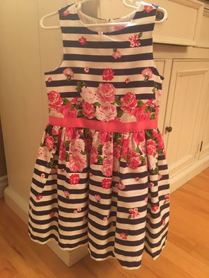 Beautiful girls dress, navy and white stripe with flowers. for Sale in Sumner, WA