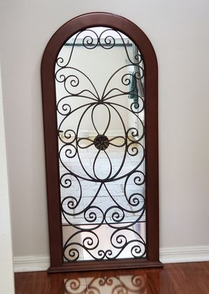 Wall Hanging Mirror for Sale in Tampa, FL