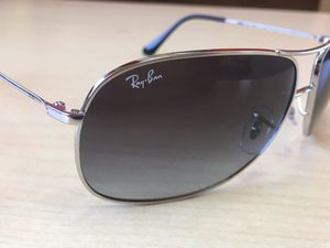 Ray Ban Cockpit Sunglasses Silver for Sale in Bellflower, CA