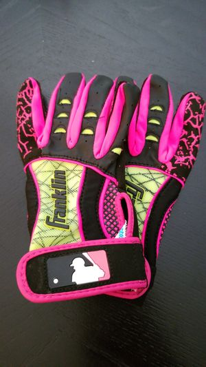 Girls softball batting gloves *new* youth small for Sale in Clayton, NC