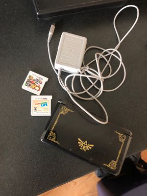 Nintendo 3ds with Tomodachi life and smash for Sale in Winder, GA