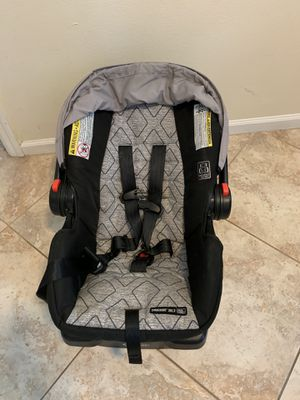 Graco Snugride 30LX car seat for Sale in North Miami Beach, FL
