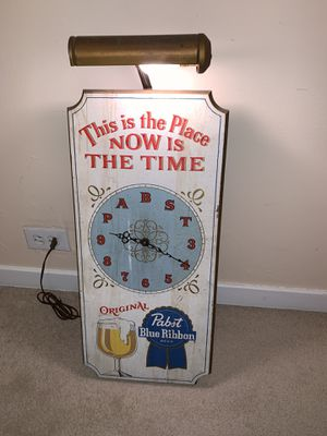 Lighted Pabst Wooden Clock for Sale for sale  Skokie, IL
