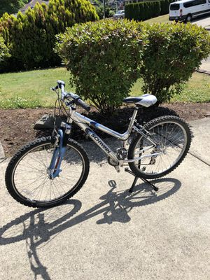 Schwinn Aluminum comp mountain bike in good condition!!! for Sale in Vancouver, WA