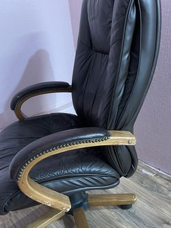 Office Chair for Sale in Happy Valley,  OR