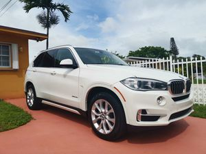 BMW X5 sDrive35i Like New! for Sale in Medley, FL