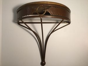 LARGE IRON AND WOOD 1/2 MOON FLOATING SHELF for Sale in Ocoee, FL