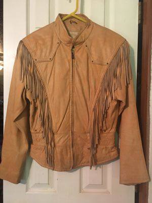 Medium Wilsons Leather Jacket with Fringe for Sale in Raymore, MO