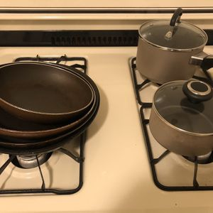 FREE Cookware (6 pieces) for Sale in Whittier, CA