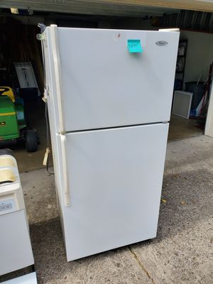 Whirlpool refrigerator and freezer for Sale in Indianapolis, IN