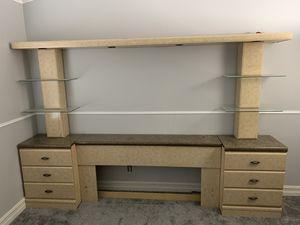 Bed set and dresser for Sale in Las Vegas, NV