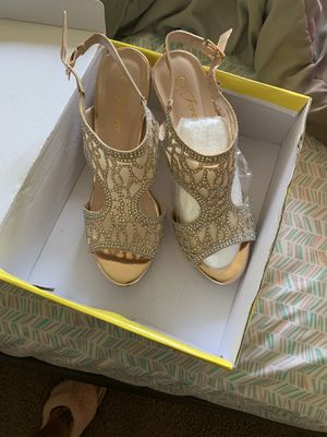New size 7 Beautiful dress shoes for Sale in Columbus, OH