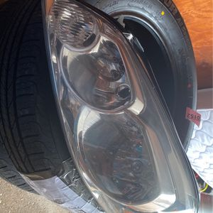 08 Chevy Impala Headlight Assembly for Sale in Norwalk, CT