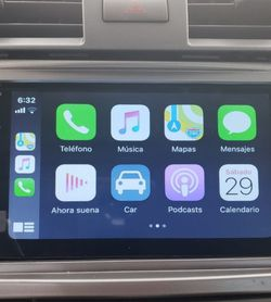 "Smart Radio 7"" Double Din, It works with Apple CarPlay & Android Auto, Bluetooth, compatible with Back up Camera, Standard Size you can install it for Sale in Orlando,  FL"