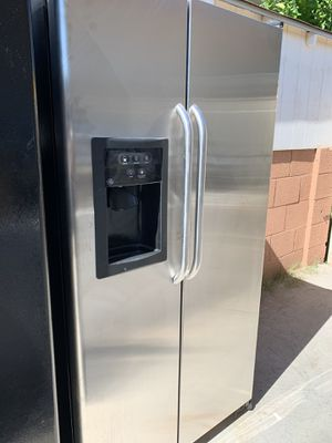 Ge stainless steel refrigerator @delivery available for Sale in Phoenix, AZ