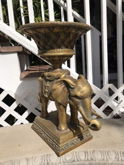 Ornate Elephant Urn PRICE DROP $15 for Sale in Tampa,  FL
