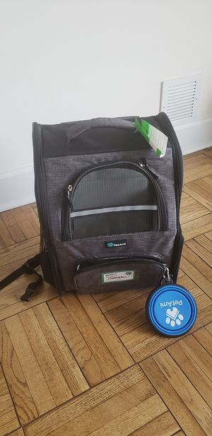 Dog/cat crate and travel bag for Sale in Los Angeles, CA