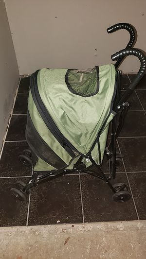 Green pet gear cat/dog stroller for Sale in Magnolia, TX