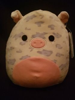 9inch Squishmallow Rosie The Pig Kelly Toys - NEW WITH TAGS for Sale in Escondido,  CA
