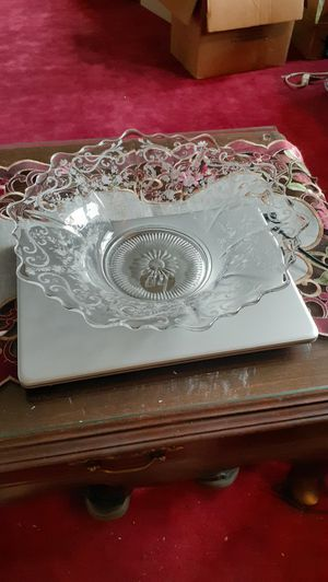 Vintage Fosteria Buttercup etched design large fluted bowl. for Sale in Kingsley, PA