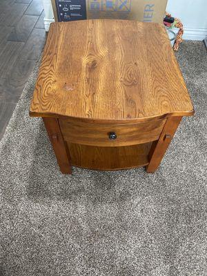 End table for Sale in Salt Lake City, UT
